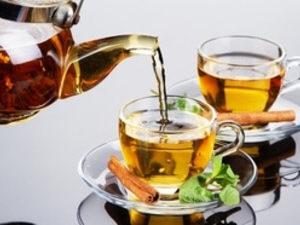 Чай в чайнике на выбор